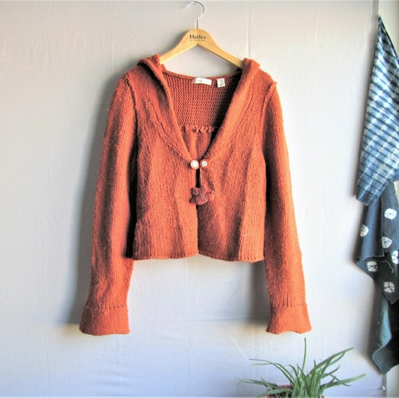 b47e05262693 Anthropologie Sweaters - Anthro sleeping on snow cropped hooded cardigan